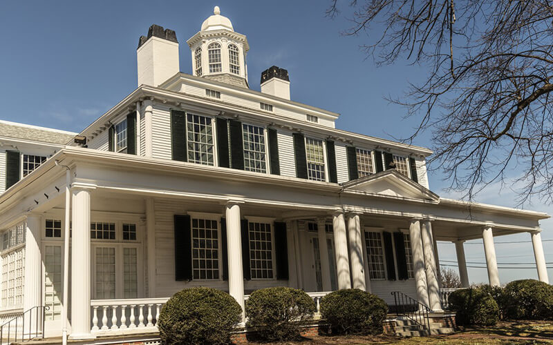 Remax Colonial Style House Hingham MA