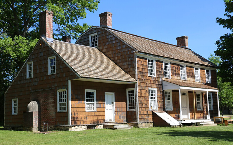 Remax Colonial Style House Norwell MA